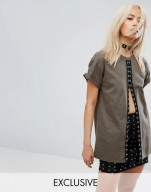http://www.asos.com/milk-it/milk-it-vintage-oversized-festival-t-shirt-with-hook-and-eye-trim/prd/8328788?iid=8328788&clr=Khaki&SearchQuery=&cid=2623&pgesize=36&pge=7&totalstyles=803&gridsize=3&gridrow=5&gridcolumn=2