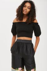 http://www.topshop.com/en/tsuk/product/new-in-this-week-2169932/new-in-fashion-6367514/balloon-sleeve-bardot-crop-top-6640847?bi=100&ps=20